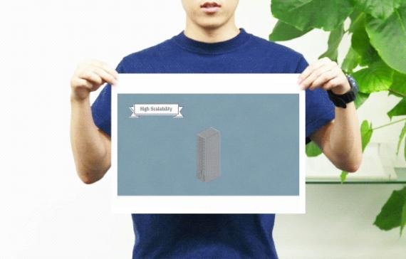 ビッグデータの動画シナリオの一コマ、サーバーのカットの絵コンテを持つ制作者
